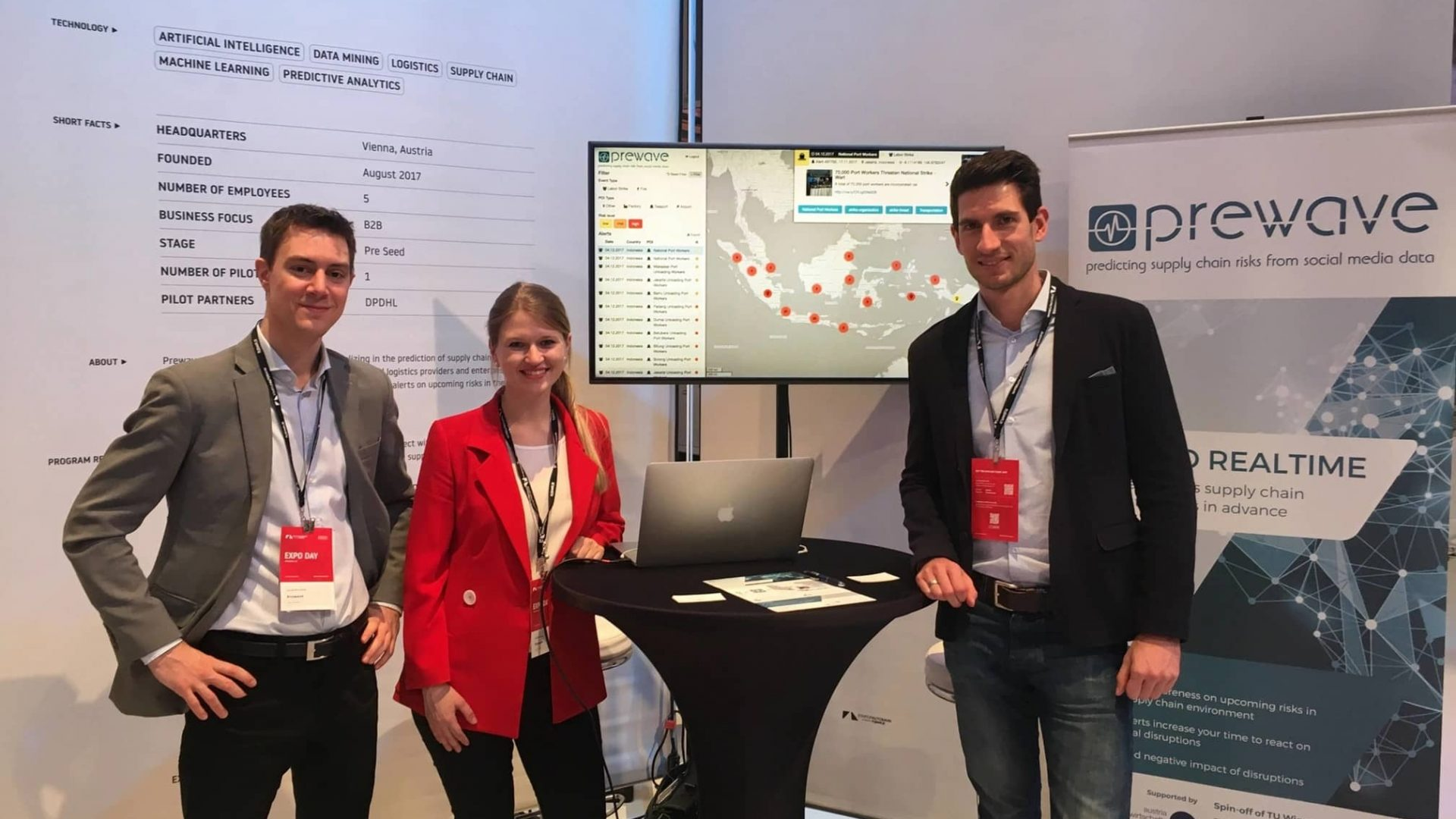 The Prewave team presenting their pilot project with DHL at StartupAutobahn in Stuttgart